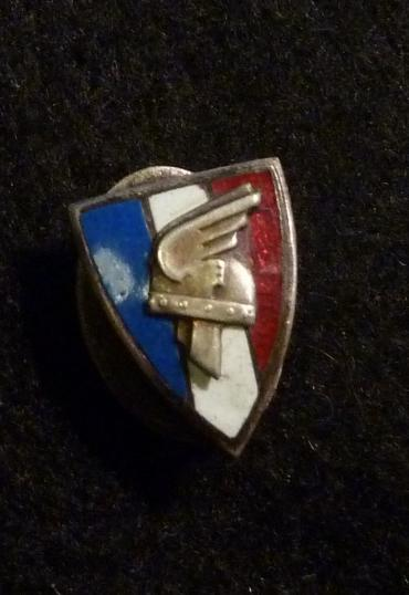 VICHY FRENCH LFC SMALL LAPEL BADGE