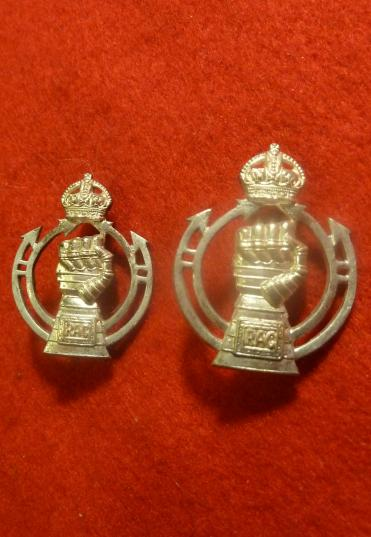 WW2 ROYAL ARMOURED CORPS SILVER PLATE OFFICERS COLLAR BADGES