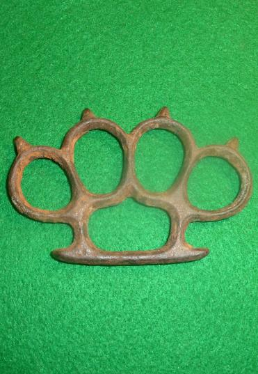 WW1 BRITISH KNUCKLE DUSTER